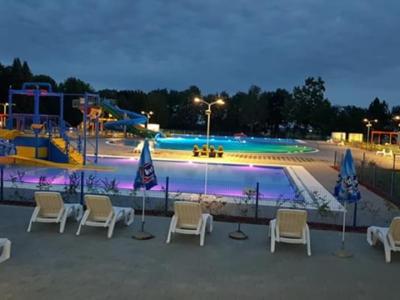 Škola plivanja na gradskim bazenima Beli Manastir